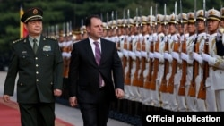 China - Chinese Defense Minister Chang Wanquan and his Armenian counterpart Vigen Sargsian inspect an honor guard at a welcoming ceremony in Beijing, 4Sep2017.