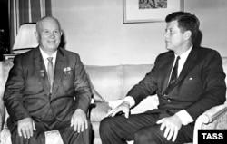 Перамовы Д.Кэнэдзі і М.Хрушчова, 1961