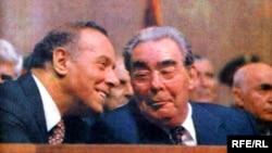Heydər Əliyev və Leonid Brejnev 1982-ci il.
