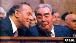 Heydər Əliyev və Leonid Brezhnev