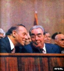 Heydər Əliyev və sovet lideri Leonid Brejnev