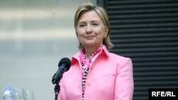 Госсекретарь США Хиллари Клинтон на Радио Свобода в Праге