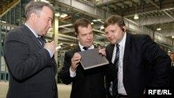 Губернатор Кіровської області Росії Микита Бєлих (праворуч) з президентом Дмитром Медведєвим у 2009-му році