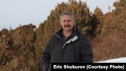 Биолог Эрик Шүкүров