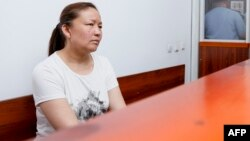 Сайрагүл Сауытбай сот залында отыр. Алматы облысы, Жаркент қаласы, 13 шілде 2018 жыл.