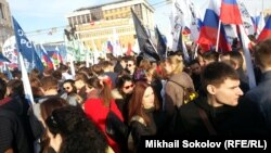 Студентов привели на митинг-концерт