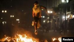 Демонстрант в Сан-Паулу