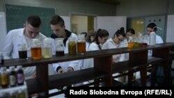 Đaci Srednje hemijske škole u Tuzli, ilustrativna fotografija.