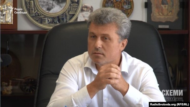Голова селищної ради Козина Валерій Гартік