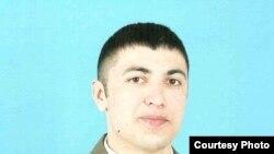 Сарбоз Давлатҷон Гиёев, ки 19-уми сентябри соли 2010 дар амалиёти Камароб кушта шудааст.