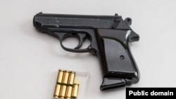 По данным следствия, участники преступной группы напротяжении нескольких лет занимались переделкой иреализацией огнестрельного оружия