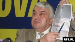 Serafim Urechean (AMD) intrigat de elicopterul electoral