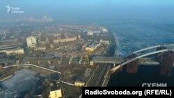 Саме на Рибальському півострові в Києві розташована легендарна «Ленінська кузня»
