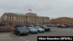 Законодательное собрание Петербурга, архивное фото