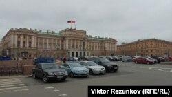 Законодательное собрание, Петербург