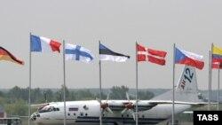 МАКС-2007 обгонит Ле-Бурже по числу полетов и дорогой аренде