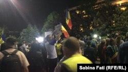 La protestul din această seară în Piața Victoriei