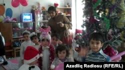Новогодний праздник в бакинском детском саду