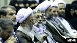 حضور حداد عادل و مصباح یزدی در نخستین همایش جبهه پایداری