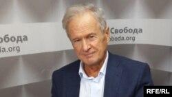 Юрій Костенко