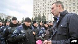 Виталий Кличко, лидер оппозиционной партии УДАР, на сегодняшнем митинге