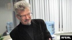 Эдуард Лимонов в студии Радио Свобода
