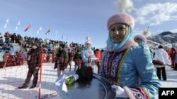 Казакстан 2011-жылы 7-кышкы Азия оюндарын Астана жана Алматы шаарларында жогорку деңгээлде өткөрүү менен дүйнөлүк адистердин жана көңүлүн бурган.