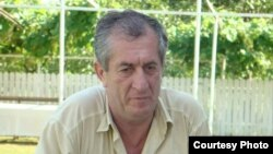 Глава парламентской комиссии по проверке законности паспортизации Абхазии Аслан Кобахия
