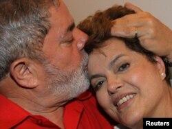 جیلما هوسف در کنار لوئیس لولا داسیلوا