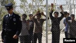 Центр содержания незаконных иммигрантов в Афинах. Иллюстративное фото.
