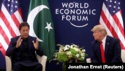 """دیدار عمران خان صدراعظم پاکستان با دونالد ترمپ رئیس جمهور ایالات متحده امریکا در شهر داووس سویس در حاشیهاجلاس """"مجمع اقتصادی جهان"""""""