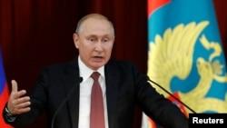 Владимир Путин на встрече с послами РФ. 19 июля 2019