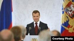 Так что же сказал президент Медведев в послании Федеральному Собранию?