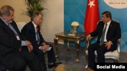 Рефат Чубаров, Мостафа Җәмилев Истанбулда Төркия премьер-министры Әхмәт Даутоглу белән очрашты