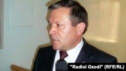 Рухулло Хакимов