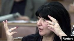 """Mirjana Marković, je svojim ispraznim dnevnicima """"uveseljavala"""" Srbiju devedesetih što je kod mene stvorilu veliku averziju prema toj formi"""