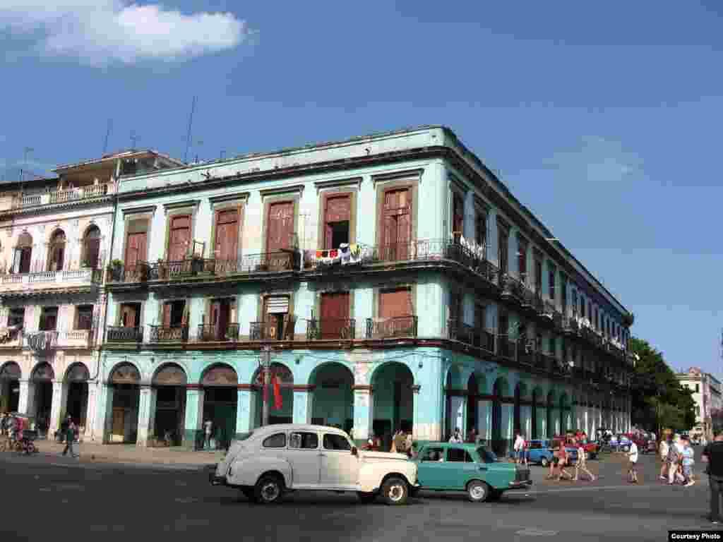 Очень старая Гавана, вид от Капитолия