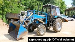 Трактор, подаренный российским городом Тула