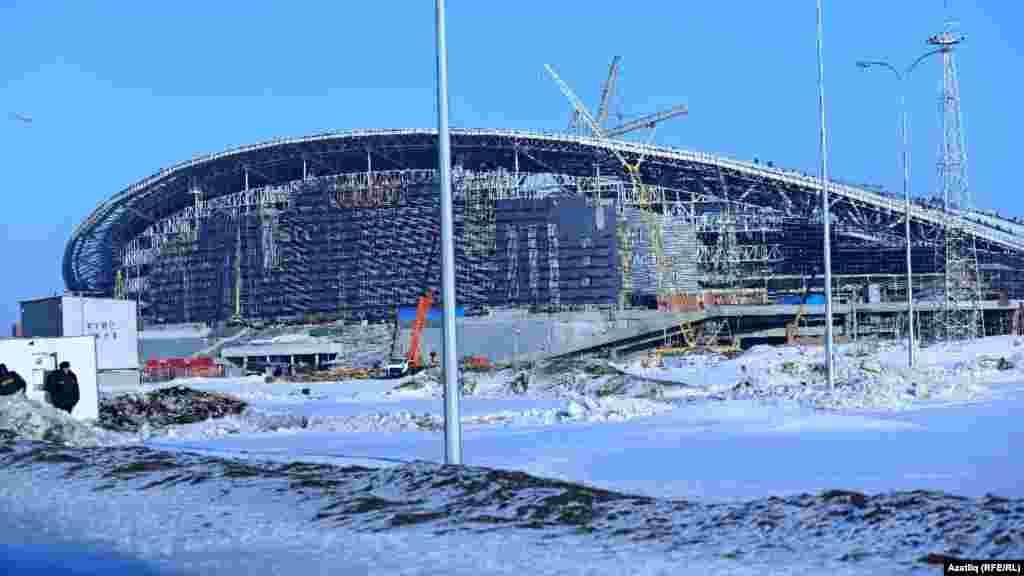 Яңа стадионның Казан кирмәненә караган ягы