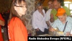 """Mанифестацијата """"Избор на најдобрата мавровско–реканска пита"""", која се одржува во рамките на """"Реканското културно лето"""" во општина Маврово-Ростуше."""