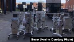 Апарати ШВЛ, передані волонтерами