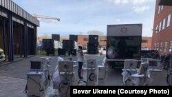 Апарати ШВЛ, які передали до України