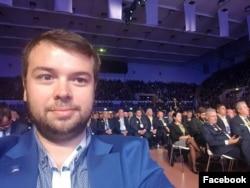 Radu Nicolescu a fondat firma cu mama sa, lideră PDL și PNL în sectorul 6.
