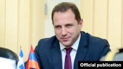 Ermənistan müdafiə nazirinin birinci müavini David Tonoyan