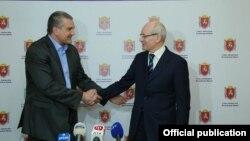 Сергей Аксенов и Рустэм Хамитов. 2014 год