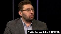 Igor Volnițchi în studioul Europei Libere