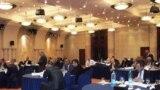 رجال أعمال عراقيون في مؤتمر عن القطاع الخاص