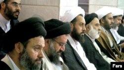 خبرنگار گاردین در ایران می گوید روحانیون ایران مشکلی با آموزش مسایل جنسی ندارند. (عکس از فارس)