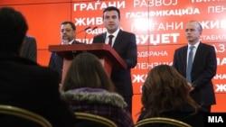 Архива: Прес-конференција на премиерот Заев, со заменик-премиерот Анѓушев и министерот за финансии Тевдовски.