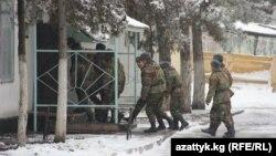 Частина № 702 Внутрішніх військ МВС Киргизстану, з якої втікали солдати, фото 5 лютого 2013 року